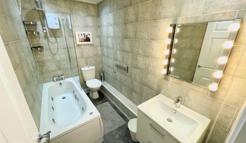 158 Bathroom
