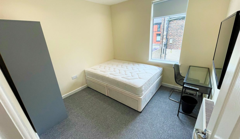 158 Bedroom 2