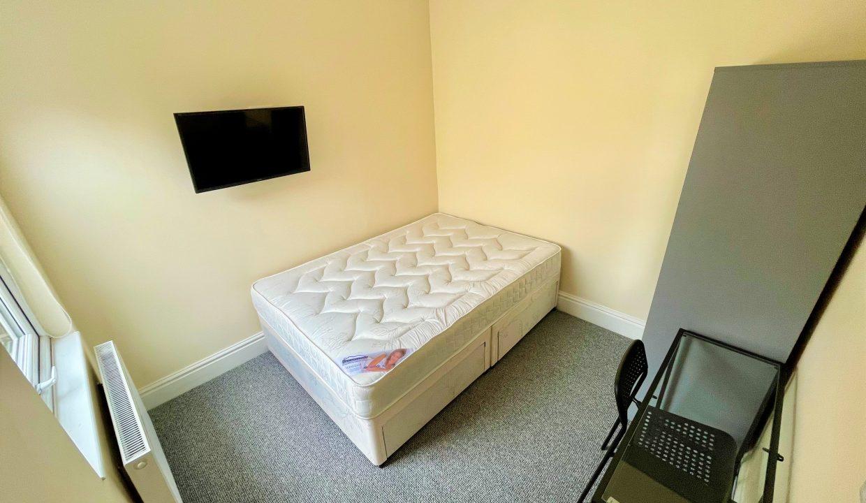 37 Bedroom 3