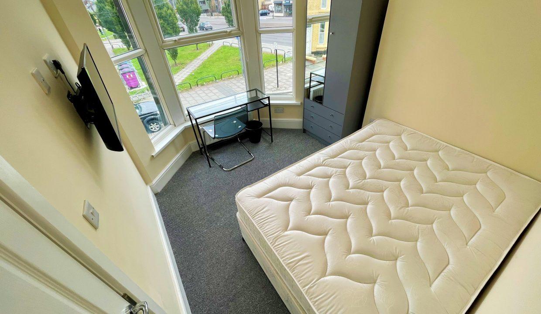 158 Bedroom 4