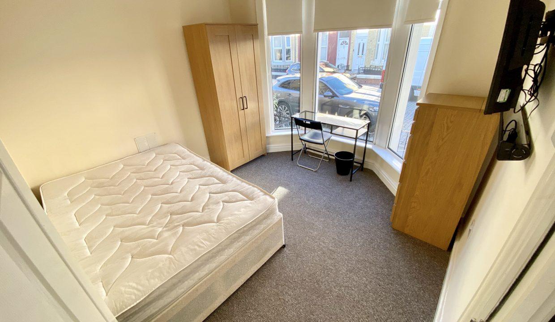 123 bedroom 1
