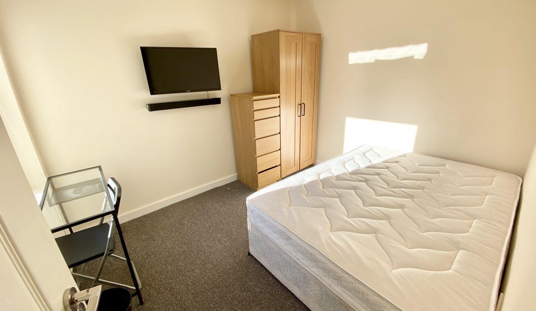 123 bedroom 3